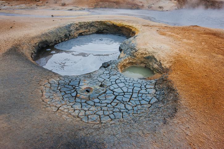 Kogende mudder og masser af farver - det er Island.